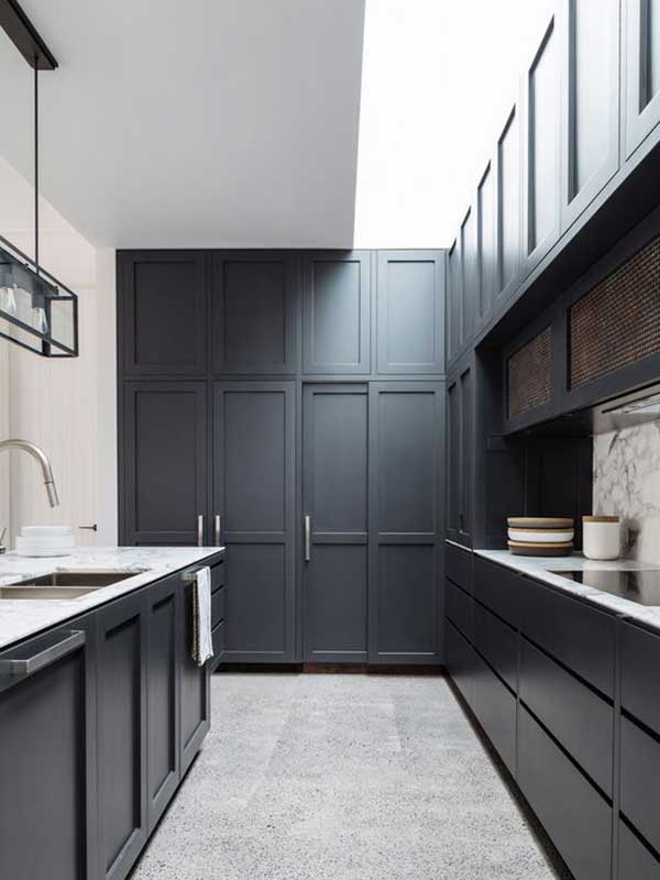 Classic-Contemporary-Black-Kitchen-Cabinet