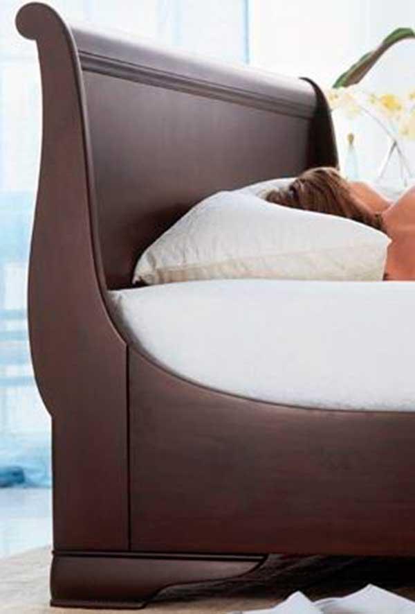 Contemporary-Mahogany-Masterpiece-Bedroom-Furniture