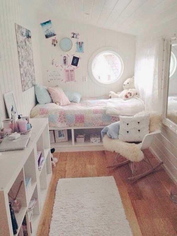 Girls-Bedroom-Decoration-Using-White-Color-Scheme