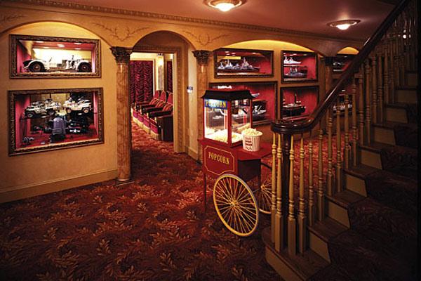 Snack-Bar-Design-For-Home-Theatre