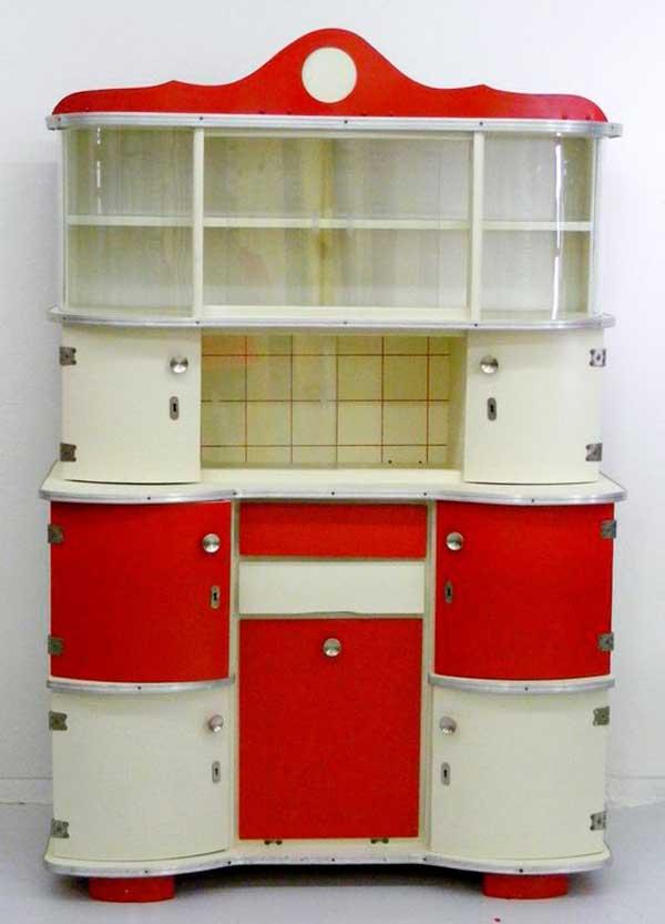 Traditional-Retro-Cabinet-Design