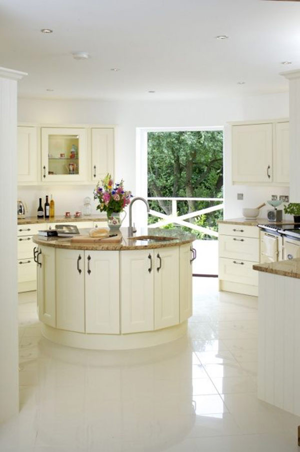 White Contemporary Kitchen Cabinet